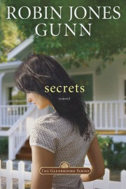 Amanda Everett - Secrets by Robin Jones Gunn